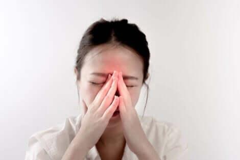 Nenäkuorikoiden liikakasvu voi aiheuttaa nenän tukkoisuutta