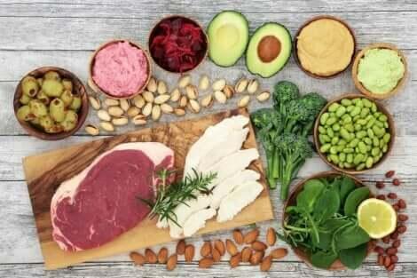 Illalliselle on tärkeää valita ravitsevia ruoka-aineita