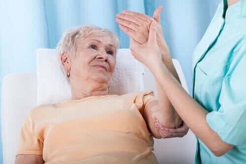 Mitkä ovat osteoporoosin riskitekijät?