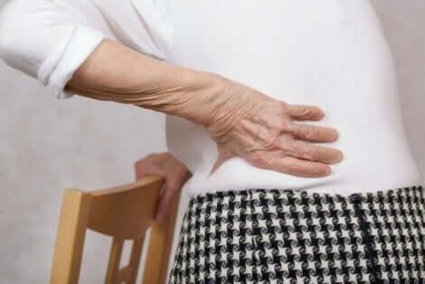Alaselkäkivusta voivat kärsiä kaikenikäiset ihmiset