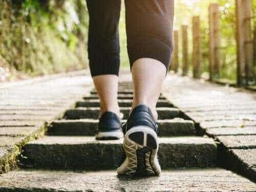 Onko kävely ruokailun jälkeen terveellistä?
