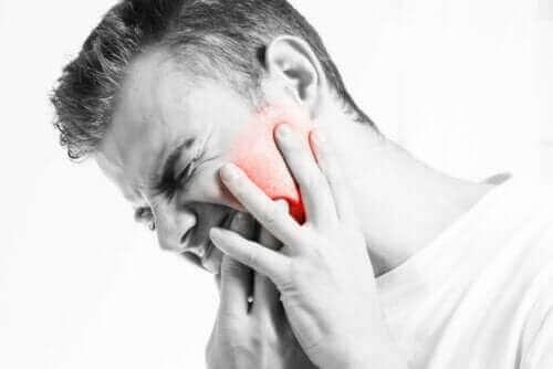 Purentaelimistön toimintahäiriö eli TMD aiheuttaa kipua.