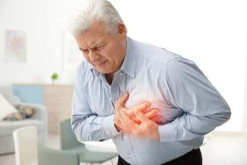 Erilaiset sydänsairaudet voivat ilmetä rintakipuna