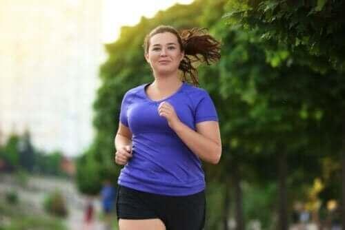 Hyperinsulinemia voidaan saada kontrolloitua liikunnan ja ruokavalion avulla.