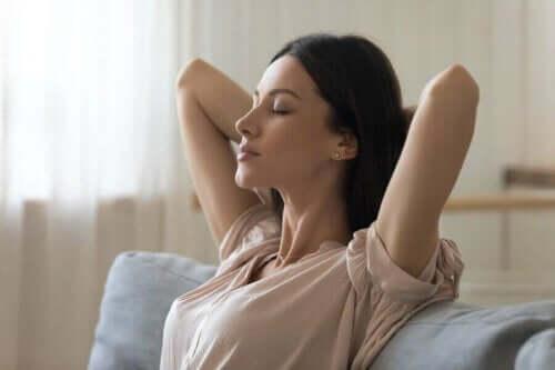 Hermoromahdusta voi hallita opettelemalla rentoutusmenetelmiä