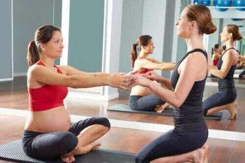 Parhaat liikuntamuodot raskaana oleville naisille