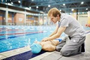 Urheilijoiden äkkikuoleman estäminen