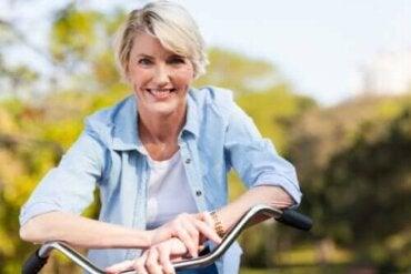 Immuunijärjestelmän ikääntyminen ja sen torjunta