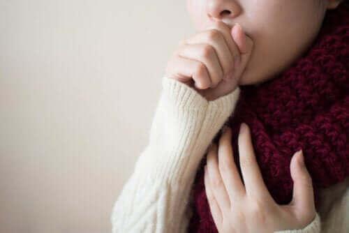 Tarttuuko keuhkoputkentulehdus?