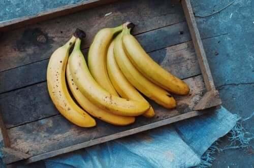 Yhden B-vitamiinin parhaat lähteet ovat banaanit