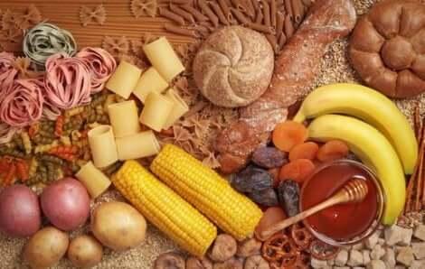 Hiilihydraatit kannattaa valita terveellisistä lähteistä