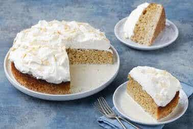 Herkullinen kolmen maidon kakku