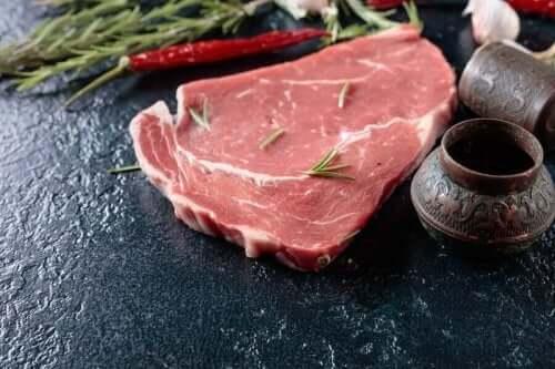 Napolilaiset pihvit voi valmistaa mistä tahansa lihasta.