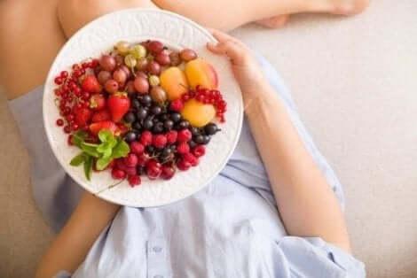 Terveellinen ruokavalio on avainasia, jos haluaa hoikemmat reidet