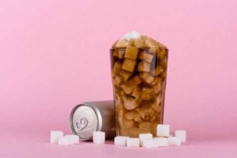 Sokerisia virvoitusjuomia tulee välttää