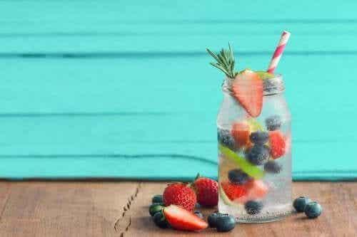 Kylmiä hedelmähaudukkeita kesäksi