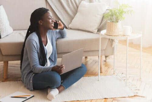 Lattialla istumisen hyödyt ja haitat