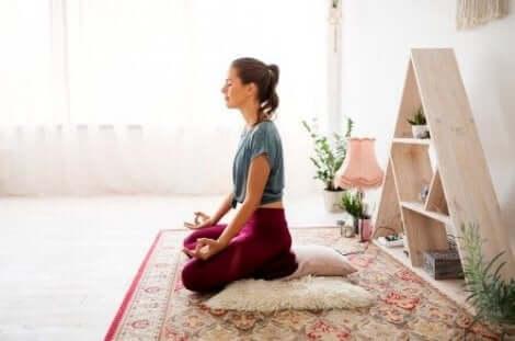 Stressin saaminen kuriin auttaa torjumaan nivelpsoriaasin aiheuttamaa väsymystä