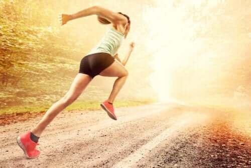 Sprinttiharjoituksia juoksuvauhdin parantamiseen