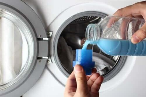Nahkatakkia ei kannata pestä pesukoneessa