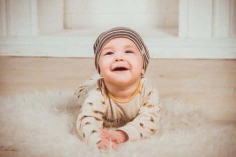 Hyvän suuhygienian edistäminen lapsilla alkaa jo vauvaiässä