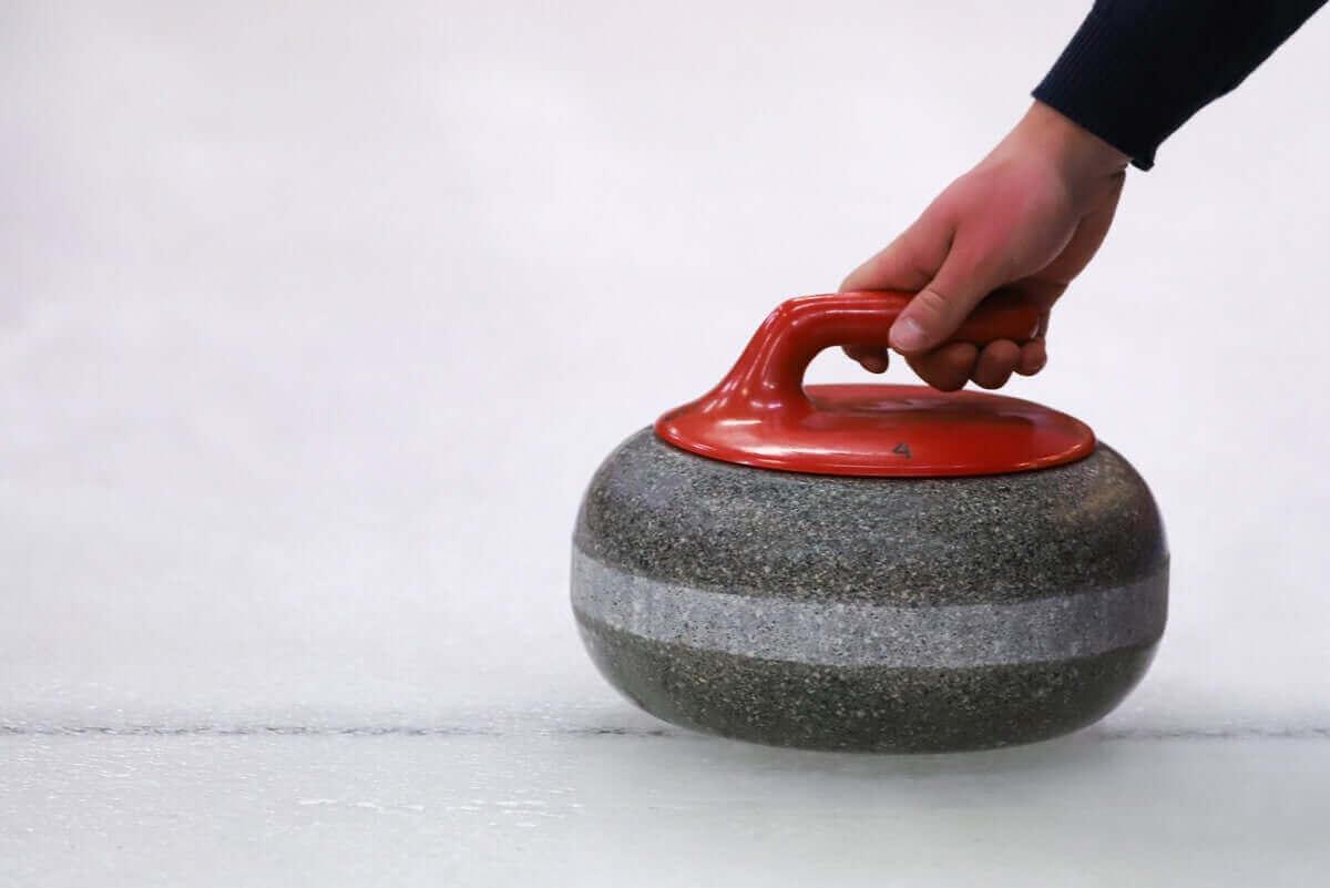 Curling on talviurheilulaji.
