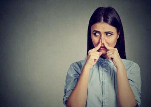 Mistä hajuhallusinaatiot johtuvat?