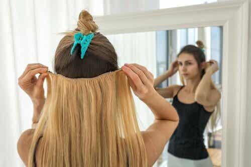 Hiustenpidennysten käyttö voi vahingoittaa omaa hiusta.
