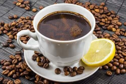 Onko kahvi ja sitruuna hyvä yhdistelmä?