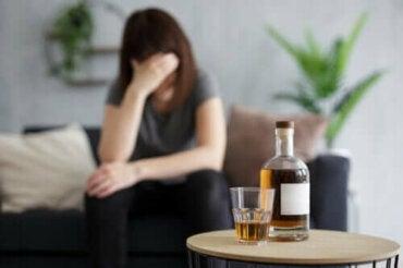 Mitä tapahtuu, kun juo alkoholia tyhjään mahaan?