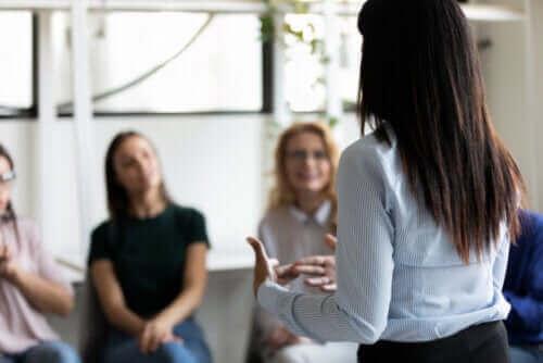 5 luottamusta rakentavaa harjoitusta lapsille, nuorille ja aikuisille