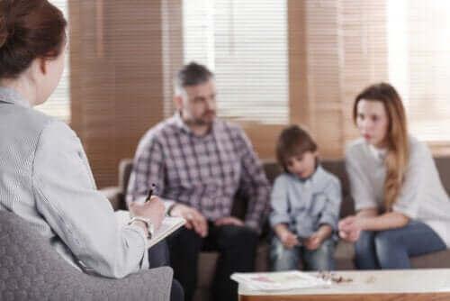 Milloin perheterapia on välttämätöntä?
