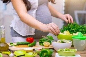 Mitä raskausaikana tulisi syödä