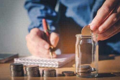SMART-säästäminen auttaa parantamaan taloudellista tilannettasi