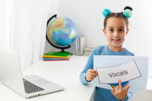 Puheterapiasta on hyötyä esimerkiksi autismikirjoon kuuluvien henkilöiden hoitamisessa.