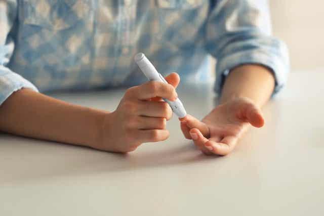 Diabetesta sairastavalla on kohonnut riski sairastua avokulmaglaukoomaan.