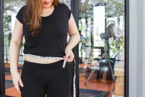 Hashimoton sairaus vaikuttaa painoon.