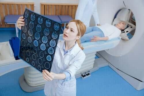 TT-skannauksen ja MRI-skannauksen erot