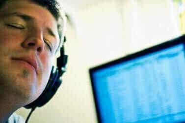 Musiikki parantaa neurologisista sairauksista kärsivien potilaiden tilaa