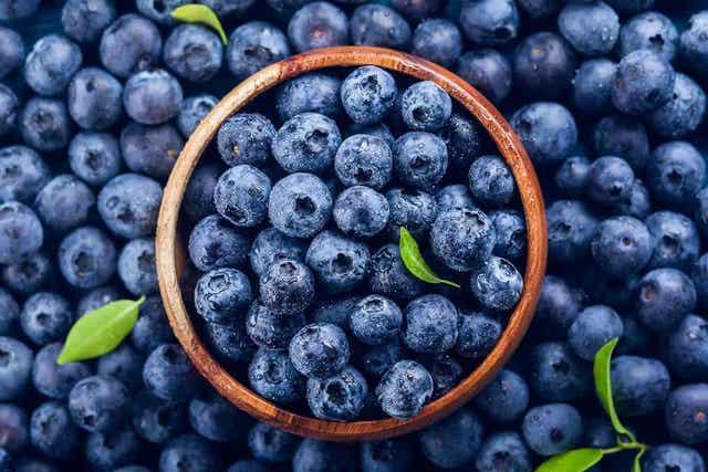 Sininen väri on harvinainen ruoassa