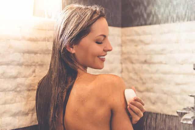 Neutraalia saippuaa suositellaan etenkin herkkäihoisille sen hyvän pH-tasonsa vuoksi.