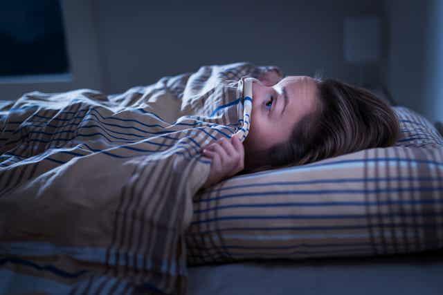 Ahdistuneisuushäiriö: kun ei saa unta.