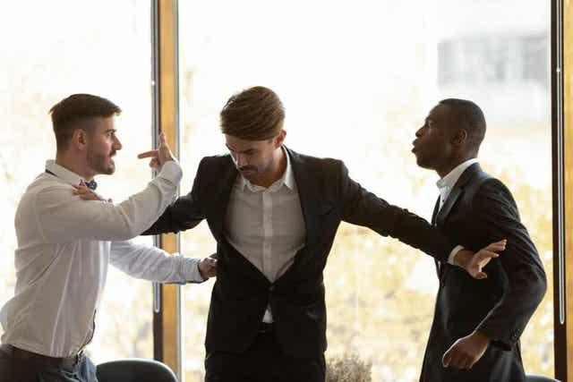 Huono työilmapiiri on syy irtisanoutua työstä, josta et pidä