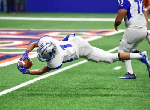 Lonkan rustorenkaan repeämä on yleinen amerikkalaisen jalkapallon pelaajilla.
