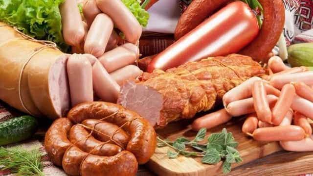 Jalostetut lihat ovat tulehdusta lisääviä ruokia