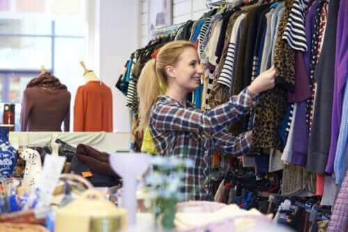 Käytettyjen vaatteiden ostaminen: 6 vinkkiä