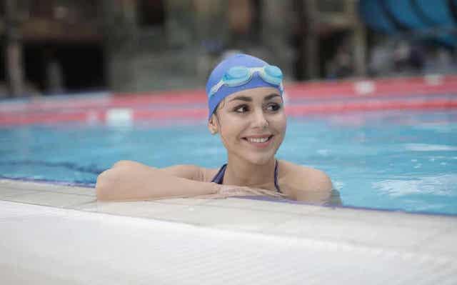 Nivelystävällinen aerobinen harjoittelu kuten uinti ei rasita niveliä