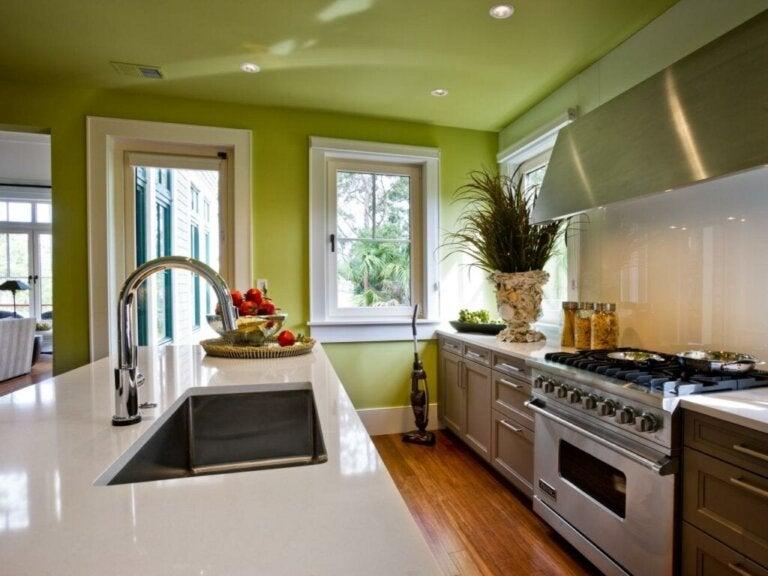 Kuinka valita oikea väri keittiöön?