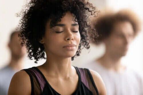 Holotrooppisen hengityksen hyödyt ja riskit